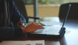 student laptop loans
